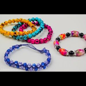 Jewelry - Beads bracelet